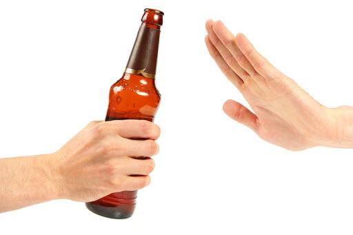 khong uong ruou bia